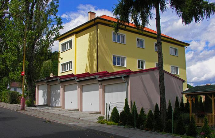 Novostavba řadových garáží